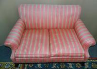Small  2 Seat Sofa (6 of 7)