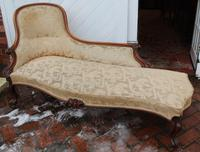 1900's Well Carved Walnut Chaise with Back in Beige. (4 of 4)