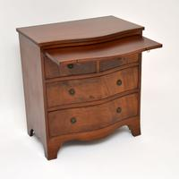Small Antique Mahogany  Chest of Drawers (3 of 12)