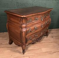 Superb Early 20th Century French Walnut Bombe Commode (7 of 9)