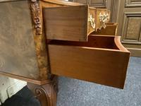Pretty Quality Burr Walnut Dressing Table (12 of 17)