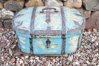 Scandinavian / Swedish 'Folk Art' Travel chest in blue paint and ironwork, 18th Century (28 of 37)