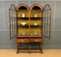 Burr Walnut Double Dome Topped Display Cabinet (9 of 18)