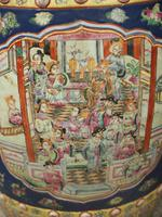 Pair of Chinese Qing Dynasty Painted Barrels / Seats (14 of 17)