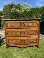 Small 18th Century Serpentine Fronted Commode (4 of 17)