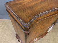 Serpentine Fronted Burr Walnut Cupboard (9 of 11)