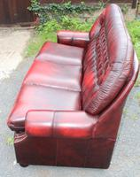1960s Red Leather Chesterfield Highback Buttoned 3 Seater Sofa (2 of 4)