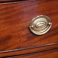 Regency mahogany bow fronted chest (2 of 7)