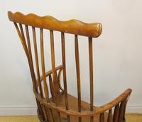 Charming 18th Century Yew Wood Comb Back Chair (2 of 10)