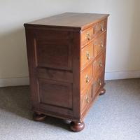 Oak Chest of Drawers c.1700 (4 of 8)