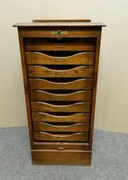 Globe Wernicke oak filing cabinet (3 of 7)