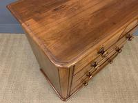 Victorian Walnut Chest of Drawers (10 of 13)