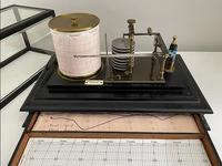 Ebonised Barograph by Franklin & Hare, Taunton (3 of 3)