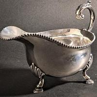 George VI Large Silver Sauce Boat (3 of 5)