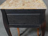 Quality Pair of French Marquetry Bedside Drawers (19 of 22)