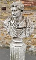 Large Composite Stone Statue On Column - Julius Cesar (3 of 11)