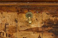 Mid 18th Century Venetian Lacquered and Gilded Bureau (8 of 8)