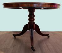 Fine quality Georgian mahogany tilt top dining table (8 of 9)