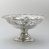 Very Fine Solid Silver Pedestal Pierced Bowl / Basket - Chester c.1937