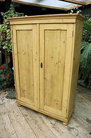 Fantastic Old Pine 2 Door Cupboard with Shelves - Linen/ Larder/ Storage / Food (2 of 10)