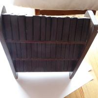 1930's Miniature Shakespeare Books and Bookcase (3 of 6)