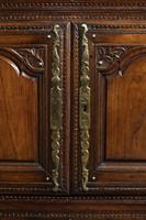 Mid 18th Century French Chestnut Dresser & Rack (4 of 6)