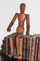 Fine artists articulated lay figure in carved wood good patina (4 of 7)