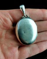 Antique Victorian Silver Locket, Aesthetic Era (3 of 13)