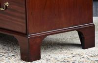 Excellent Quality George II Mahogany Chest of Drawers c.1750 (4 of 8)
