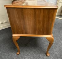 Antique Queen Anne Burr Walnut Dressing Table (13 of 16)