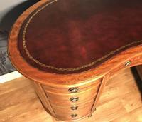 Edwardian Inlaid Mahogany Kidney Shaped Desk (14 of 21)