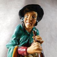 "Royal Doulton ""The Mask Seller"" HN2103 Figurine (8 of 9)"