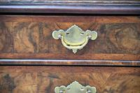18th Century Walnut Chest of Drawers (3 of 12)
