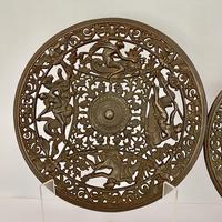 Pair of 19th Century Coalbrookdale Cast Iron Plates c.1880 (2 of 6)