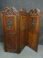 Superb Victorian Carved Oak Three Fold Screen
