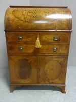 Wonderful Satinwood Bureau of Small Proportions c.1860 (10 of 14)