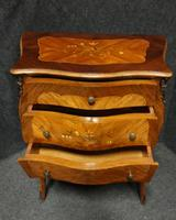 Beautiful French Bombe Shaped Commode Chest of Drawers (2 of 8)