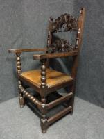 Pair of Oak Carver Hall Chairs c.1900 (4 of 6)