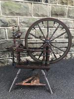 Antique Spinning Wheel (7 of 10)