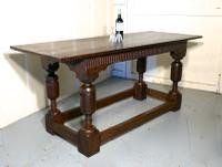 Arts & Crafts Gothic Carved Oak Table (8 of 11)