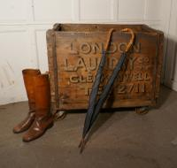 London Wooden Hotel Laundry Trolley Cart