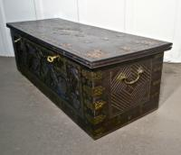 Large North African Carved & Brass Decorated Coffer (15 of 15)