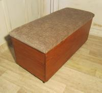 Victorian Pine Ottoman / Blanket Chest / Toy Box Linen Chest