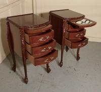 Pair of French Walnut & Ormolu 3 Drawer Bedside Chests c.1900 (4 of 10)