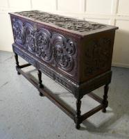 17th Century Carved Oak Sword Chest on Stand (8 of 10)
