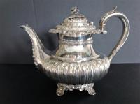 Large Antique Georgian Silver Tea / Coffee Pot - 1824