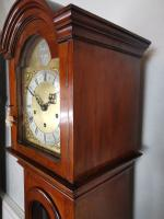 Fine Quality German 1920s Glass Fronted Mahogany Grandmother or Small Grandfather Longcase Clock with Musical Quarter Chimes & Hour Strike (3 of 7)