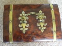 Burr Walnut Silk Lined Low Dome Sewing or Jewellery Box (2 of 7)
