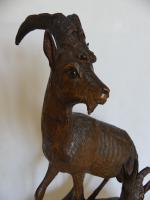 Fine Black Forest Carving of Goats (6 of 8)