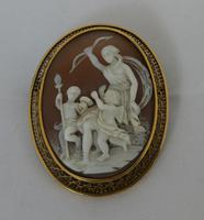 19th Century 18 Carat Gold Cameo Brooch (2 of 3)